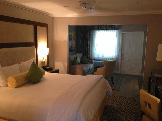 Almond Tree Inn : King Suite 3