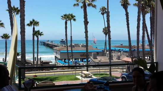 Casa Tropicana: View of the pier from the common patio area