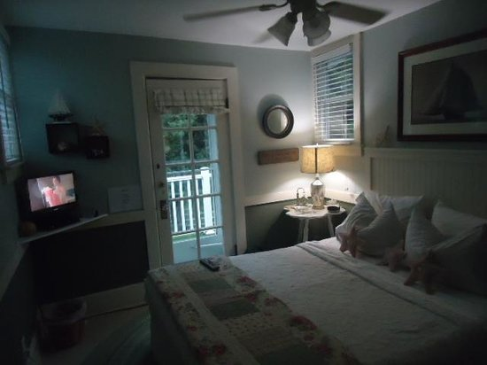 The Anchor Inn Boutique Hotel: our room No.3