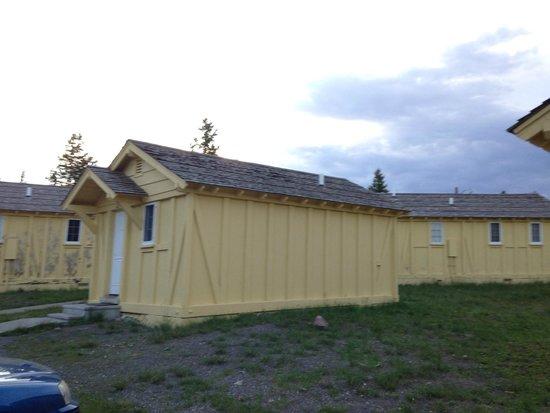 Lake Yellowstone Hotel and Cabins : lodge