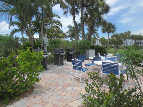 Palm Island Resort: Bring a steak & grill out