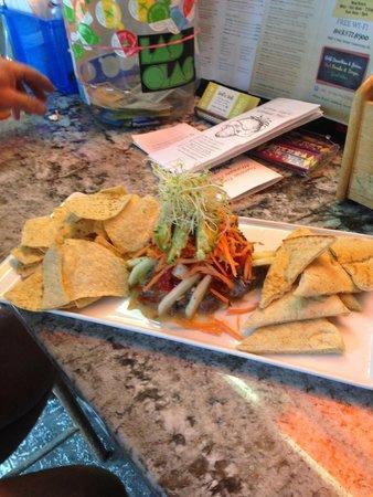 Dell'z Deli: Hummus