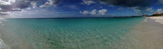 Le Vele Resort: Fantastic Gracebay Beach