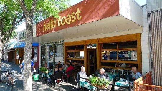 Hello Toast: Hello!