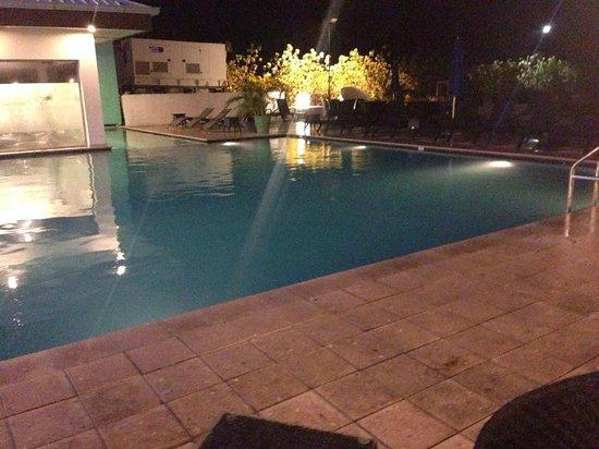 Courtyard Paramaribo: Swimmingppol