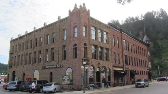 Iron Horse Inn & Suites: Iron Horse Inn...