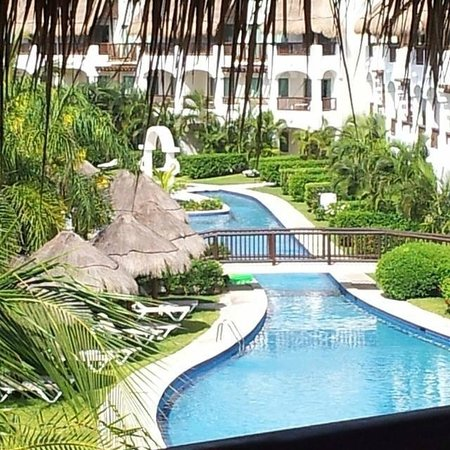 Valentin Imperial Maya: View from room 6302