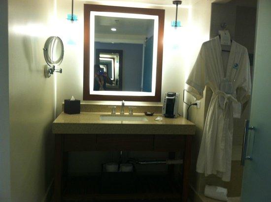 Turtle Bay Resort : Bathroom