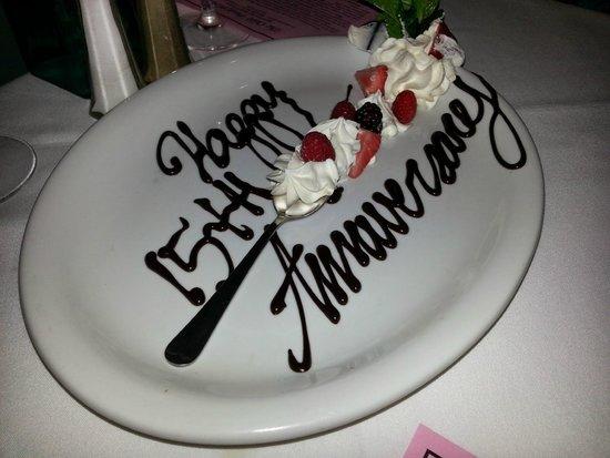 The Olde Pink House : Anniversary dessert