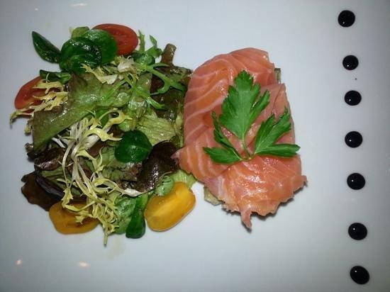 L'Ange 20 Restaurant : salmon starter