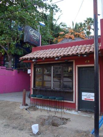 Salvatore's Italian Restaurant: front entrance