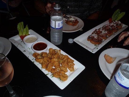 Salvatore's Italian Restaurant: calamari and bruchetta apps