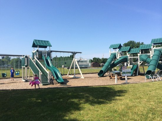 Bird-In-Hand Family Inn: The awesome playground
