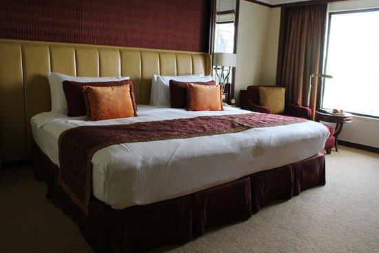 Shangri-La Hotel Kuala Lumpur: ベッド
