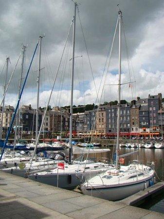 Le Vieux Bassin : junho 2014