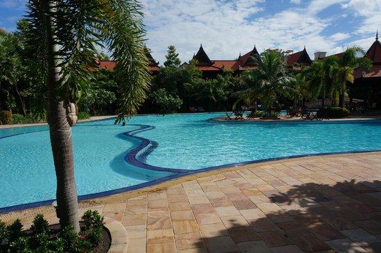 Sokhalay Angkor Villa Resort: Pool