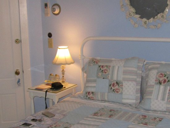 The Harbour Cottage Inn: Bedroom