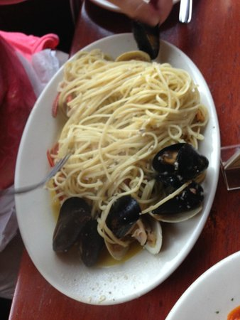 Giacomo's Restaurant: Seafood pasta dish