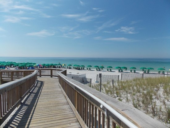 Jetty East Condominiums: View from the handicap ramp leading to the beach