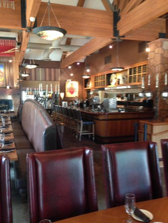 SWITCHBACK GRILLE & TRADING COMPANY : Restaurant