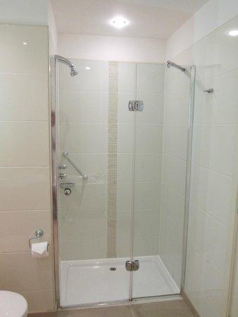 The Croke Park: shower
