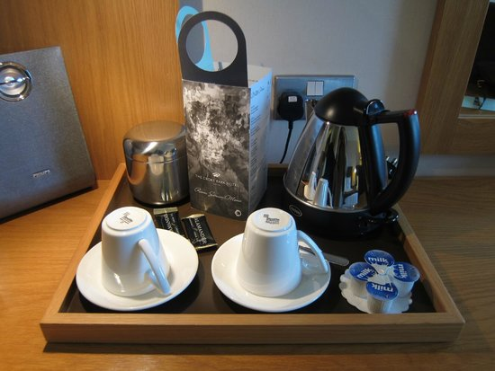 The Croke Park: tea/coffee set