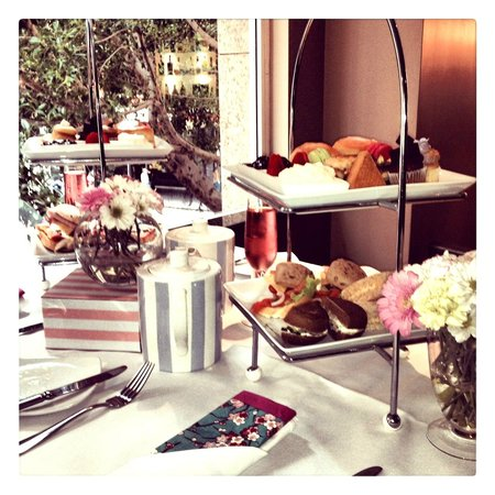 Radisson Hotel And Suites Sydney : High Tea for a Bridal Shower
