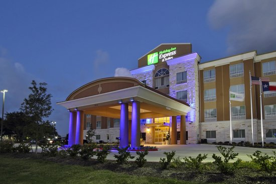 Holiday Inn Express Suites Baytown