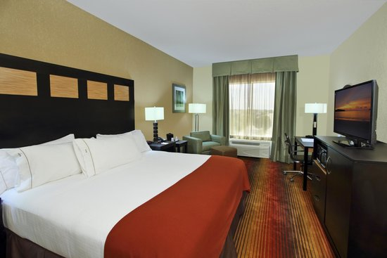 Holiday Inn Express Suites Baytown: King Bed Room