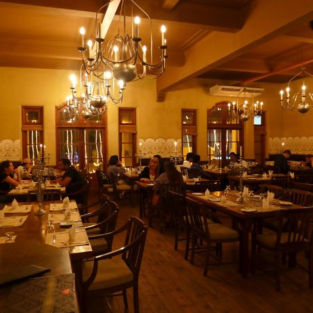 White House Restaurant: Upstairs Dining Room