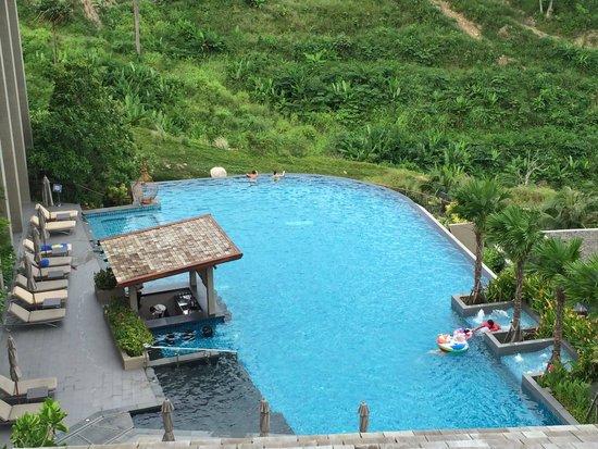Avista Hideaway Phuket Patong, MGallery by Sofitel: Great views from all pools