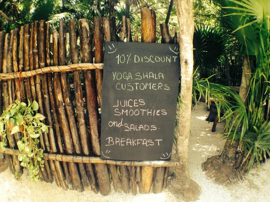 Yoga Shala Tulum : healthy juices - check!
