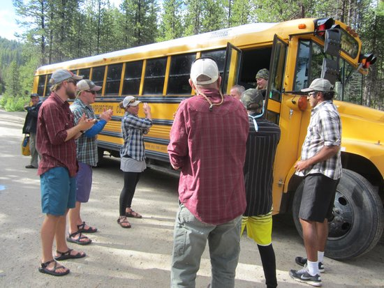 ROW Adventures - Salmon River Canyons: The Guides Welcoming Us