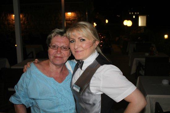 Mlini, Kroatien: Unsere Bedienung Ana Klaic.