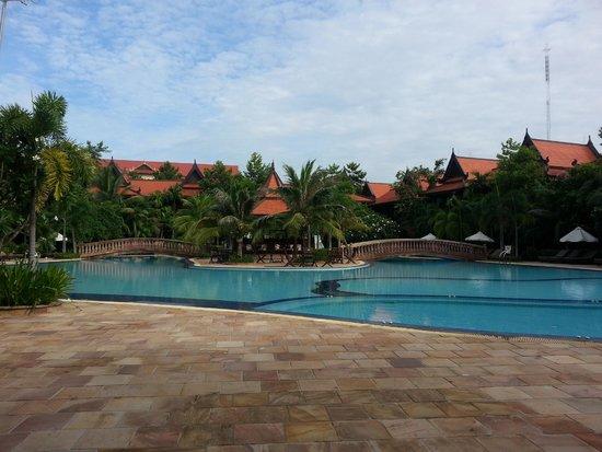 Sokhalay Angkor Villa Resort: Swimming Pool