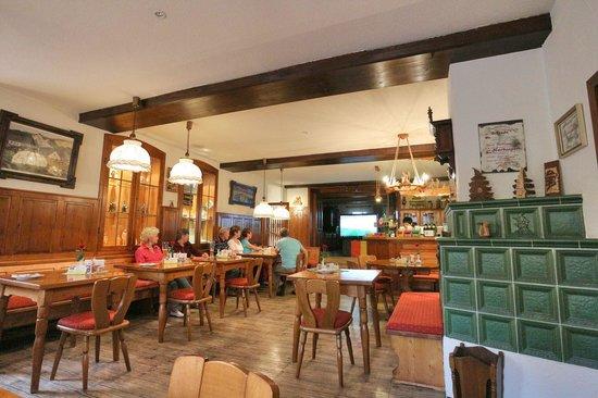 Gasthaus Herberger Zur Schachtelbud: Gastraum
