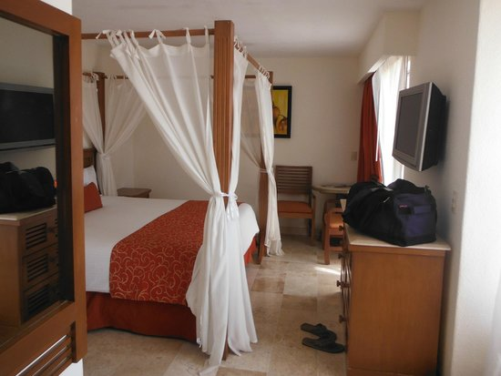 Buenaventura Grand Hotel & Great Moments All Inclusive: Room