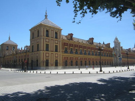 Palacio de San Telmo: дворец Святого Тельмо - резиденция правительства Андалусии