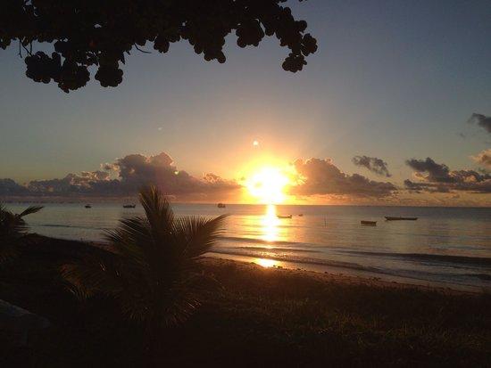 Cumuruxatiba Beach: Pôr do sól maravilhoso!