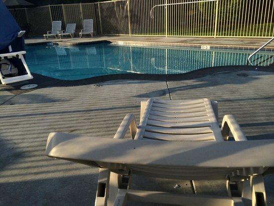 Ayres Suites Diamond Bar: Outdoor pool