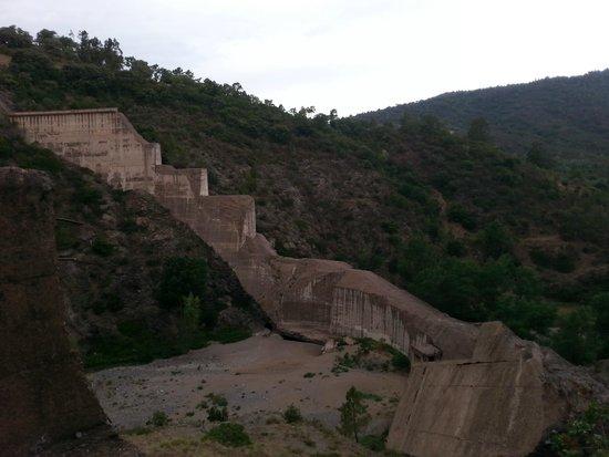 Site de Malpasset : le barrage