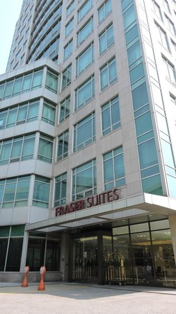 Fraser Suites Insadong: Front entrance
