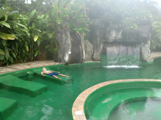 Paradise Hot Springs: piscina