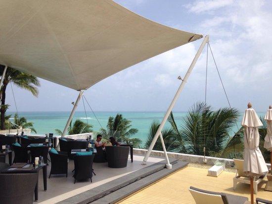 Cape Sienna Hotel & Villas : the poolside restaurant