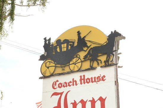Coach House Inn: Signboard