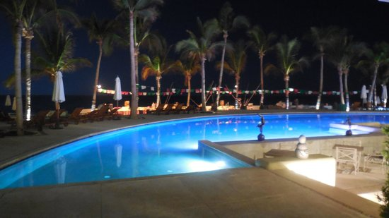 Marquis Los Cabos All-Inclusive Resort & Spa : one of 3 huge pools