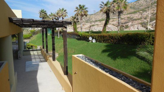 Marquis Los Cabos All-Inclusive Resort & Spa: going to business center/ballroom