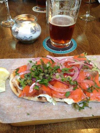 Olive & Anchor: Salmon flatbread. Incredibly delicious!!
