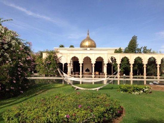 Palais Namaskar....Impressive place!!!!