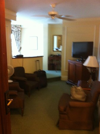 The Fairmont Empress : Room 734